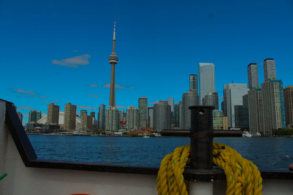view of he city from Toronoto island ferry